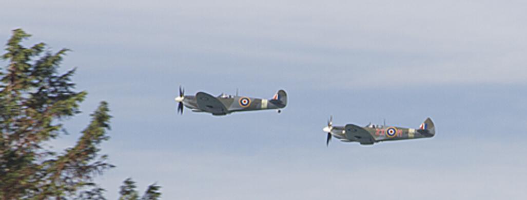 Biggin Hill Spitfires fly past in tribute