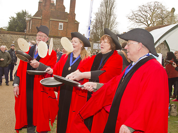 The ' Old Mayor's ' warm up their frying pans !